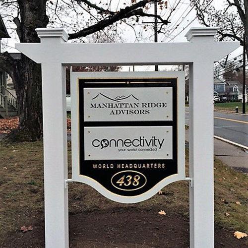 headquarters sign